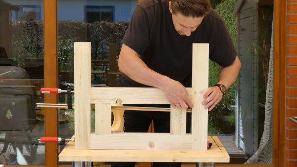 Bau der Seitenteile